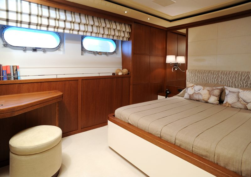 Yacht (13)