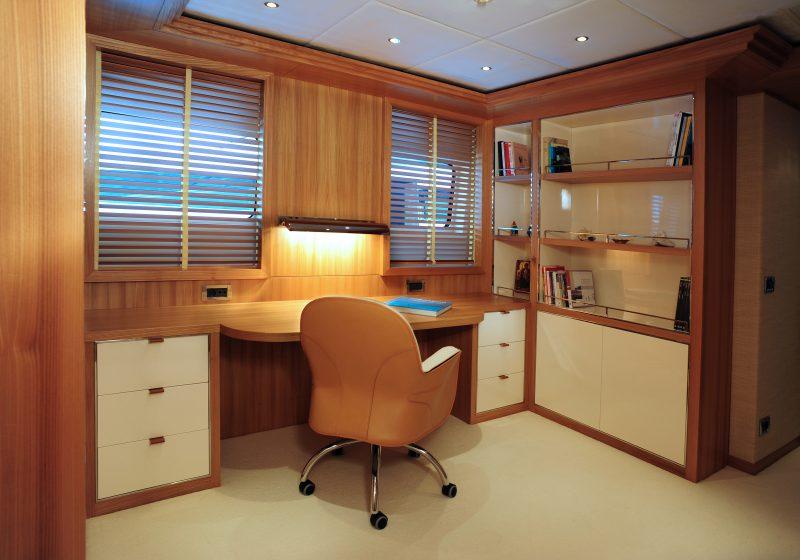 Yacht (7)